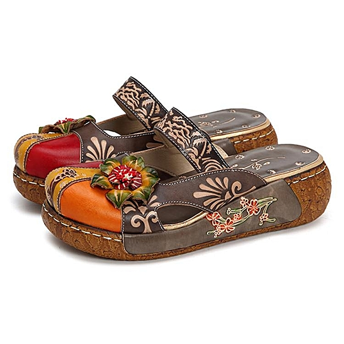 Fashion SOCOFY femmes Summer Leather Sandals Slippers Flower Hollow Out Backless chaussures-EU à prix pas cher