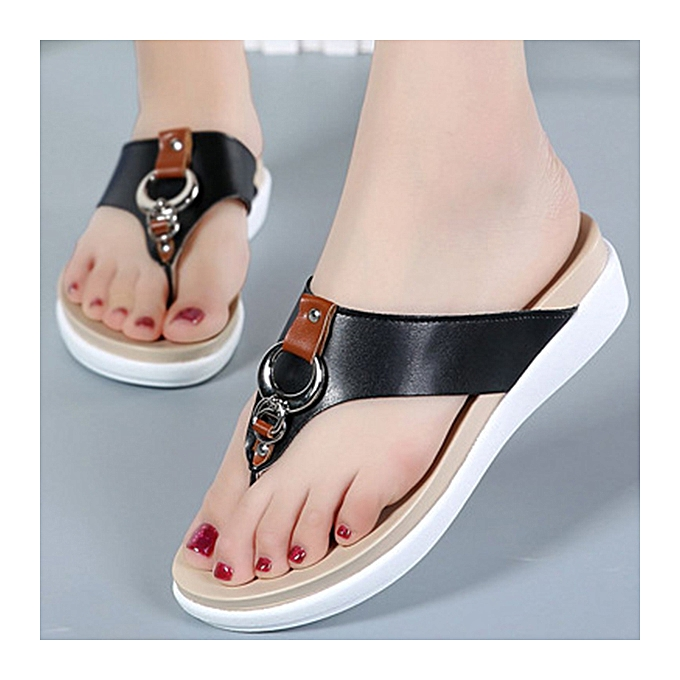 Fashion femmes Big Taille Leather Flat Casual Beach Slippers Sandals à prix pas cher