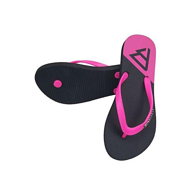 Fashion Summer New Flip Flops Female Beach Casual Wear Non-slip Beach chaussures Sandals à prix pas cher