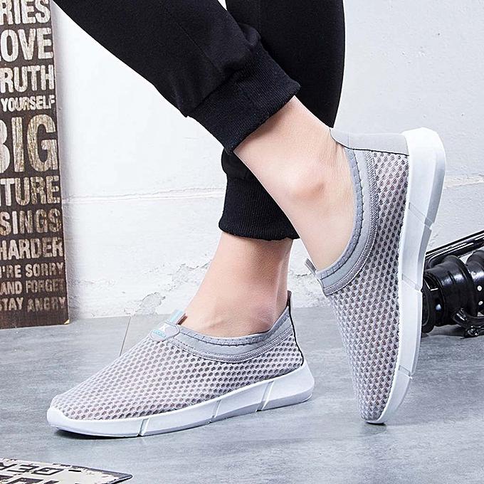 Fashion Men's Mesh Beach chaussures Water chaussures Hollow Mesh Student Breathable baskets à prix pas cher