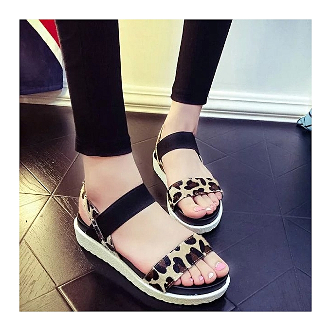 Fashion femmes Summer Flats Sandal Fashion Comfortable Casual Outdoor Beach Sandal chaussures à prix pas cher