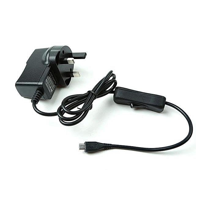 UNIVERSAL UK-Standard-With-Power-Switch-5V-2.5A SKU Z-0150 noir à prix pas cher