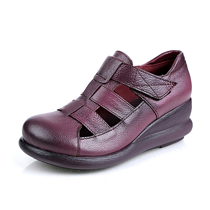 Fashion SOCOFY Retro femmes Genuine Leather Hollow Out Flat Sandals à prix pas cher