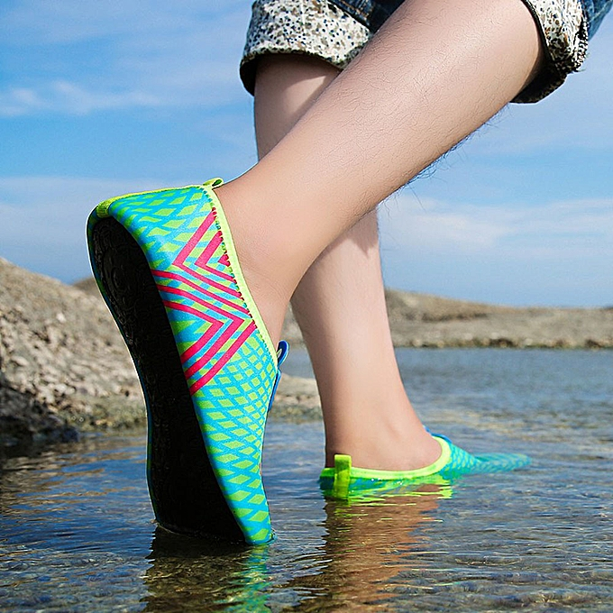 Fashion SKI Shop Men femmes Quick-Dry Water Aqua Socks Beach Surf Yoga Exercise chaussures BU 35 36 à prix pas cher    Jumia Maroc