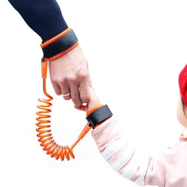 Generic حزام يستخدم من أجل مرافقة طفلك بكل أمان في السفر