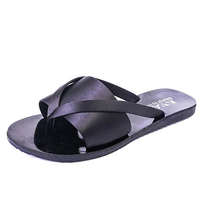 Fashion Female femmes Summer Fashion Cooler One Word Drag Sand Beach Slipper Non-slip Rubber Solid Couleur à prix pas cher