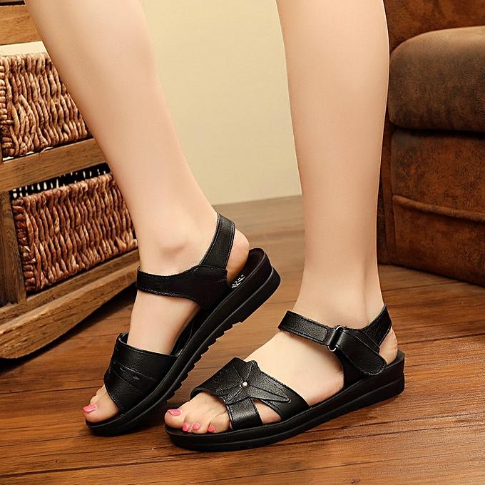 Fashion femmes Leather Casual chaussures Soft Sole Slip-On Flat Sandals à prix pas cher