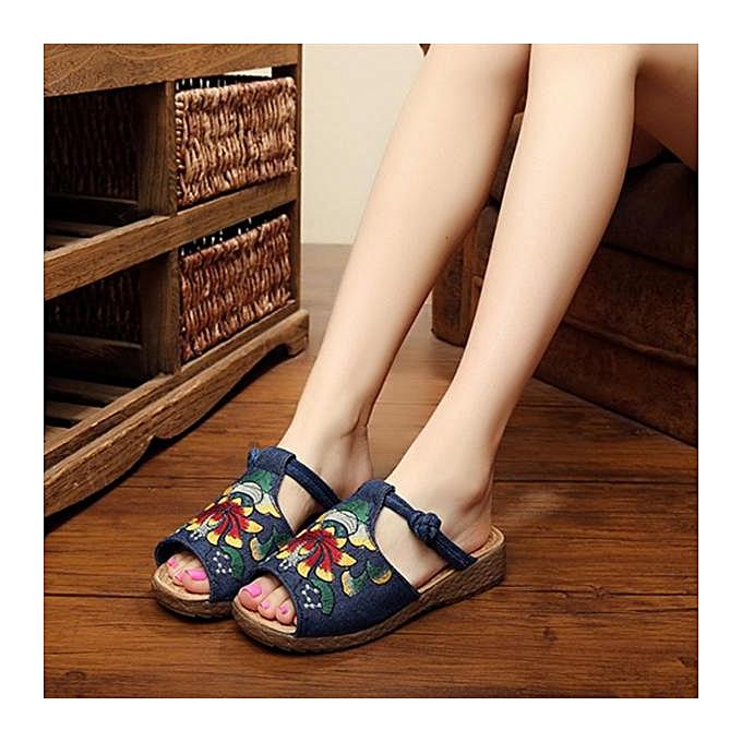 Fashion Fashion femmes Embroidery Pattern National Wind Hollow Out Slip On Flat Sandals-EU à prix pas cher