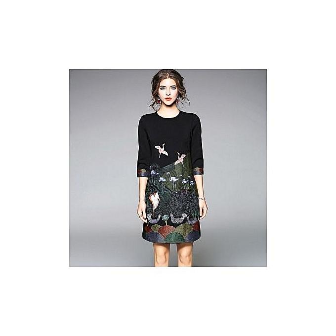 mode Western Style mode Designer& 039;s noir Seven-point A-line jupe Heavy Embroidery Brand Robe-noir à prix pas cher