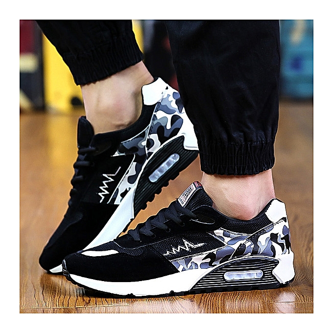 OEM Men's casual chaussures sports chaussures breathable mesh panel chaussures running cushions tide hommes chaussures-noir and blanc à prix pas cher