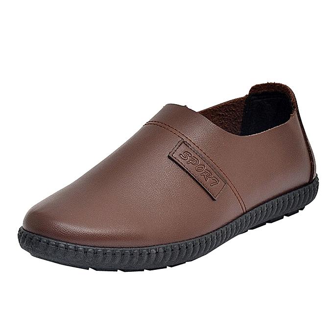 Fashion Vintage Men's Leather chaussures Man Flat Solid Couleur Round Toe Formal Business chaussures à prix pas cher